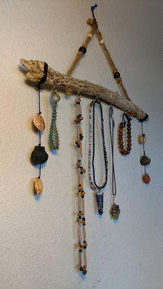 Driftwood Jewelry Display Holder. Jewelry Organizer.
