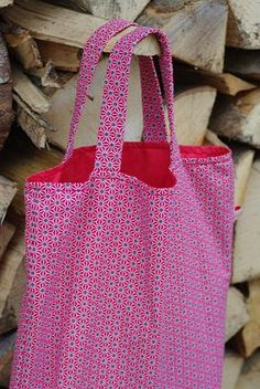 Tote bag motifs rouges