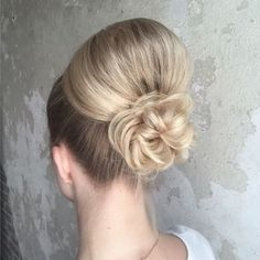 See this Instagram video by @heatherchapmanhair • 2,174 likes