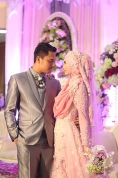 Bridesmaid Dresses, Wedding Dresses, Kebaya, Islam, Wedding Inspiration, Poses, Weddings, Outfits, Fashion
