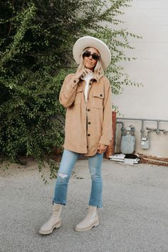 Fall Clothing Every Women Needs In Their Closet