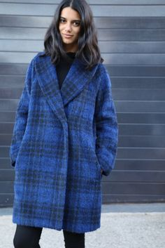 Oslo Coat  – This stylish and classic coat is fully lined, double breasted and features...