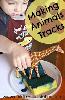 Making Animal Tracks - Child Central Station Preschool Lessons, Toddler Preschool, Toddler Crafts, Toddler Activities, Preschool Activities, Preschool Jungle, Nursery Activities, Zoo Animal Activities, Dear Zoo Activities