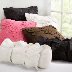 Pottery Barn Knock-off Pillows #sewing #tutorial