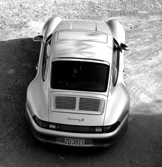 Think the only Porsche I would buy.. James May and Richard Hammond have one!