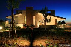 villa in pietra by night, Corato, 2009 - vincenzo bafunno ARCHITETTO