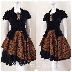 Instagram @xaverana Line ID @xaverana (cantumkan @ nya) Contact us for further information Kebaya Modern Dress, Kebaya Dress, Model Dress Batik, Batik Dress, Dress Brokat, Dress Anak, Dress Batik Kombinasi, Mode Batik, Batik Fashion