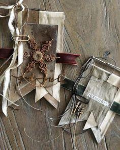 Jeg elsker ideen din @somlelitt. Takk for at du deler og inspirerer. Jeg oppfordrer dere forresten til å gå inn på kontoen hennes og se på… Henna, Scrapbooking, Gift Wrapping, Cards, Gifts, Paper Wrapping, Presents, Wrapping Gifts, Hennas