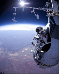 Skydiver Fearless Felix leaps from 18 MILES above the Earth.