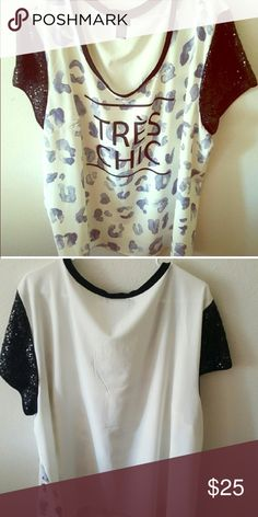 Torrid tres chic sequins sleeve top size 4 Torrid Tres Chic shirt with sequins sleeves Torrid size 4 conversion 4X torrid Tops
