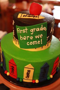 Preschool Graduation Decorations | Confetti cake with vanilla buttercream, fondant decoration.