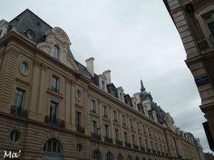 [Bretagne] Rennes, au sud du Palais du Commerce