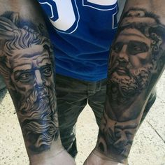 Wrist Forearm Tattoo - Best Wrist Tattoos For Men: Cool Wrist Tattoo Designs and Badass Ideas For Guys Simple Tattoos For Women, Unique Tattoos, Cool Tattoos, Wrist Tattoos For Guys, Small Wrist Tattoos, Sleeve Surgery Diet, Unique Ear Piercings, Tattoo Bracelet, Sleeve Tattoos