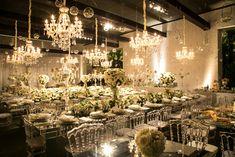 Salão com decoração de luxo