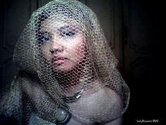 honeyandlucky.blogspot.com  my favorite shoot