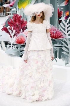 Lashing of tulle and delicate, pastel flowers formed the show-stopping train for the wedding dress in the spring/summer 2015 collection Stunning Wedding Dresses, Wedding Dress Styles, Elegant Wedding, Bridal Dresses, Flower Girl Dresses, Bridal Looks, Bridal Style, Chanel Fashion, Dress Fashion
