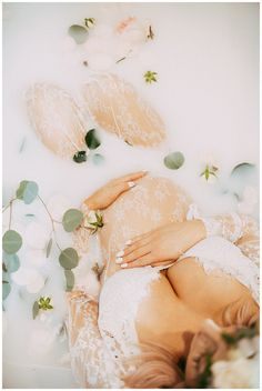 Milk Bath Maternity – Edmonton Photographer » Debalinhard photography