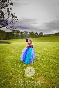 Art Child my-work-jill-serrano-photography Little Girl Dress Up, Girls Dress Up, Little Girls, Cute Kids Photography, Spring Photography, Girl Photo Shoots, Girl Photos, Princess Shot, City Collage
