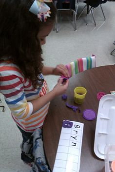 Chalk Talk: A Kindergarten Blog: Play-Doh Names