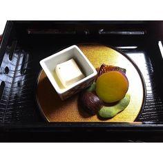 Kaiseki Cuisine at Karyu in Kyoto  Japan #kaisekicuisine #kaiseki #japanesefood #japan #delicious #kyotojapan #kyoto #karyu #oishii by travelliveeatrepeat