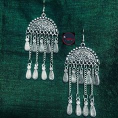 Silver Earrings With Pearls Referral: 2739047254 Silver Jhumkas, Silver Jewellery Indian, Indian Earrings, Diy Earrings, Silver Jewelry, Silver Earrings, Art Nouveau Jewelry, Jewelry Art, Antique Jewelry