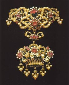 Corset ornament - Gold, natural pearls, rubies and enamel -  Sicily - 17th century - Trapani manufacturing