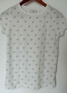Kup mój przedmiot na #vintedpl http://www.vinted.pl/damska-odziez/koszulki-z-krotkim-rekawem-t-shirty/10371433-koszulka-wzory-serca-serduszka