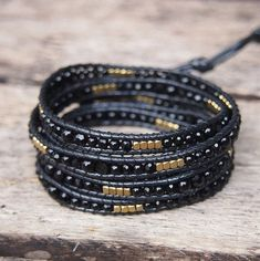 5 times wrap bracelet is made with semi precious stone, crystal, nugget beaded on grey cord. ✧ Mix include : Black agate, Crystal (4mm, 3mm) ✧ Length : 82cm with adjustable. ✧ Closure : Button ✧ Fits a 6 to 7 inch wrist wrapped 5 times.  PLEASE NOTE : The handcrafted nature of this product will produce minor differences in design, sizing and weight. Variations will occur from piece to piece, measurements may vary slightly  ✦SHIPPING✦ Your order will shipped 2 or 4 business days after