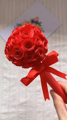 Paper Flowers Craft, Paper Crafts Origami, Flower Crafts, Diy Paper, Diy Crafts Hacks, Diy Crafts For Gifts, Creative Crafts, Paper Flower Tutorial, Valentine Crafts