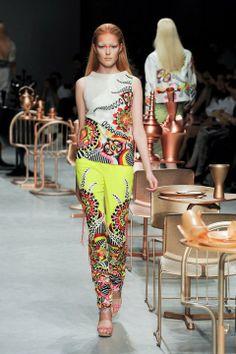 Manish Arora. PFW S/S 12'. Indian Couture.