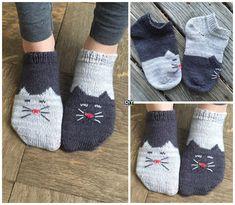 Knit YinYang Kitty Socks -Free Pattern#freepattern