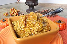 A perfect fall recipe for your slow cooker using pumpkin and healthy steel cut oats.