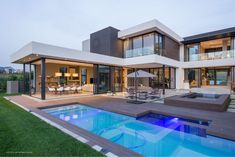 Summer calls for swimming, laughter & spending more time outdoors. With Eva-last unique slip-resistant benefit, you can sit back, relax and watch the kids have fun! Modern Mansion, Modern Homes, Dream Home Design, Modern House Design, Modern Architecture House, Architecture Design, Pavilion Architecture, Sustainable Architecture, Residential Architecture