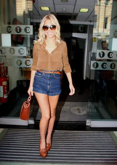 High wasted shorts are fabulous,  Go To www.likegossip.com to get more Gossip News!