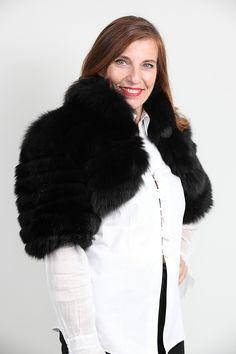 Boléro en Renard Noir Saga Furs http://www.fourrure-privee.com/fr/fourrures/vestes-gilets/gilet-de-renard-argente-832