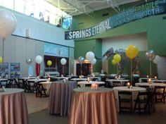 Balloon centerpieces really made this Florida Museum wedding décor pop!