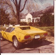 VINTAGE PHOTO ELVIS CAR AT GRACELAND PANTARO 4/1975 SNAPSHOT ORIGINAL