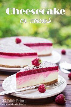 Cheesecake cu zmeura, un cheesecake la rece, rapid si racoros, cu blat de biscuiti si unt, crema de branza si jeleu de zmeura Cookie Recipes, Snack Recipes, Dessert Recipes, No Cook Desserts, Delicious Desserts, Romanian Desserts, Romanian Food, Apple Pie Bars, Raw Cake