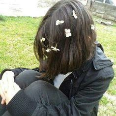 Imagem de flowers and girl