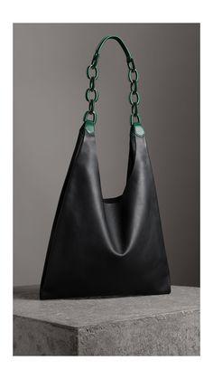 Medium Two-tone Leather Shopper in Black - Women Burberry United States Cheap Purses, Unique Purses, Cheap Bags, Purses And Bags, Big Purses, Large Purses, Trendy Purses, White Purses, Guess Purses