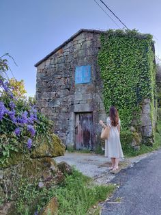 Vintage Linen Dress - Easter in Galicia Rural Area, Vintage Linen, Stone Houses, Easter Dress, Linen Dresses, Family Life, House Styles, Beautiful, Stone Cottages