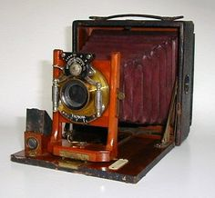 Pony Premo #3 made in 1901 by Rochester Optical Company of Rochester, NY.  Rapid Rectilinear f8 lens in a Bausch & Lomb Victor Flat Top shutter. This 4x5 camera has front rise and rotating back.