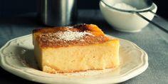 Συνταγή για την αγαπημένη γαλατόπιτα | HuffPost Greece Greek Sweets, Greek Desserts, Greek Recipes, Desert Recipes, Sweets Recipes, Baking Recipes, Cake Recipes, Greek Cake, Greek Cookies