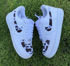 cow print on the swoosh and front hand painted waterproof help a girl take her mom to paris🥺 Sneakers Fashion, Fashion Shoes, Swag Fashion, Dope Fashion, Fashion Pants, Air Force One Custom, Zapatillas Nike Jordan, Nike Shoes Air Force, Aesthetic Shoes