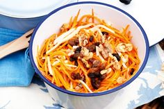 #Carrot and #apple #salad : Ingredients      100g (1 cup) walnut kernels     6 carrots, cut into matchsticks     1 green apple, peeled, cut into matchsticks     125ml (1/2 cup) fresh lemon juice     65g (1/3 cup) sultanas     60ml (1/4 cup) olive oil     1 tablespoon honey http://fredsfruit.com/carrot-apple-salad/