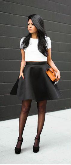 PERFECT CONTRAST - black halo thaimi two piece dress in white black / Walk in Wonderland