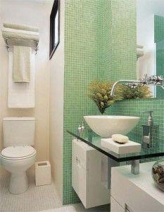 banheiros-decorados-de-verde-com-espelhos