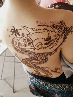 Henna Portfolio – Aradia Månen