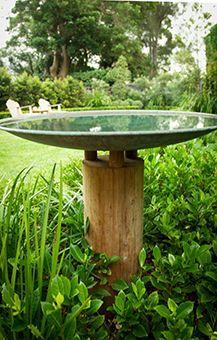 Image from - DIY Garten Landschaftsbau Bird Bath Garden, Diy Bird Bath, Water Garden, Garden Art, Bird Bath Fountain, Water Features In The Garden, Garden Features, Green Landscape, Landscape Design