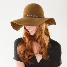 A Perfect Floppy Hat For Fall